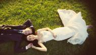 Kinh nghiệm chụp ảnh cưới: Mặc gì khi chụp ngoại cảnh?