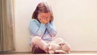 Bạn có biết, tâm hồn một đứa trẻ tổn thương sâu sắc như thế nào khi chứng kiến bố mẹ ly hôn?