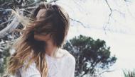 Tình yêu là ở hiện tại, chuyện đã qua chẳng đáng bận tâm để mà nhớ đến