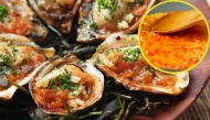 Cách làm nước sốt tỏi kết hợp với nghêu, sò, hàu, cá... món nào cũng ngon bá cháy