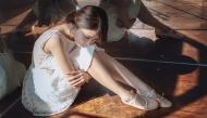Sau chia tay, chúng ta là gì của nhau?Bạn thân, người tình, hay đơn giản chỉ là người lạ?
