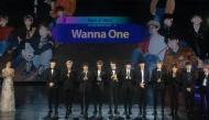 """Clip: Cận cảnh 11 mỹ nam Wanna One nhận giải """"Best of Next"""" tại MAMA Vietnam 2017"""