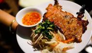 Cách làm cơm tấm sườn nướng chuẩn vị Sài Gòn ai ăn cũng tấm tắc khen ngon
