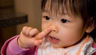 Tại sao trẻ con bị bố mẹ cấm ăn gỉ mũi nhưng khoa học lại chứng minh điều này hoàn toàn có lợi?