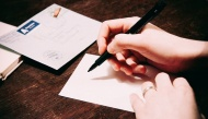 Rơi nước mắt với lá thư người mẹ viết cho con gái mình