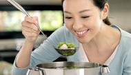 """Những món ăn giúp mát gan và nói """"không"""" với làn da mụn"""