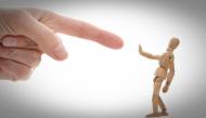 Làm sao để tránh tổn thương khi bị phê bình?