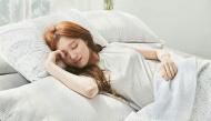 """9 mẹo """"dễ như ăn kẹo"""" giúp bạn chìm vào giấc ngủ ngon lành trong tích tắc"""