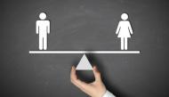 Bộ tranh vui: Con gái à, đây được gọi là bình đẳng giới chưa?