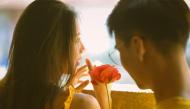 6 dấu hiệu nhận rõ chàng trai thật lòng yêu bạn hay chỉ giả vờ