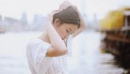 Đừng quay lại với một người đã từng buông tay mình ngay trong lúc mình yêu họ nhất