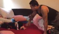 Ông bố vật vã gọi con gái dậy buổi sáng thu hút CĐM vì quá đáng yêu
