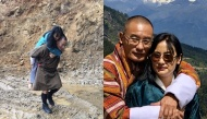 Cựu Thủ tướng Bhutan đăng ảnh cõng vợ qua đoạn đường lầy khiến giới trẻ thốt lên kinh ngạc