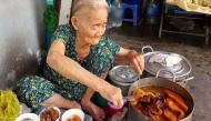 Phá lấu bà ngoại: Bí mật của tô phá lấu to oạch chỉ 20.000 đồng, hơn 30 năm vẫn luôn đắt khách