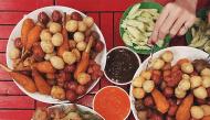 """""""Oanh tạc"""" những tiệm cá viên chiên nổi tiếng ở Sài Gòn đang khiến tín đồ ăn vặt """"phát sốt"""""""