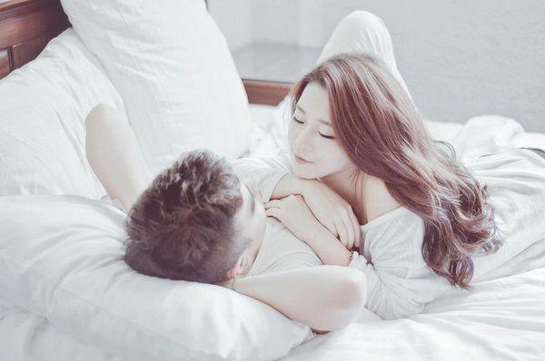 """13 cách bổ sung """"vitamin tình yêu"""" cho các cặp đôi yêu lâu"""