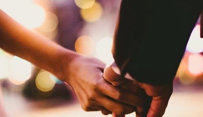 7 cách thể hiện tình cảm của người đàn ông không bao giờ rời xa bạn