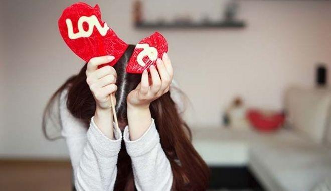 6 dấu hiệu cho thấy anh ấy yêu bạn chỉ là sự gượng ép