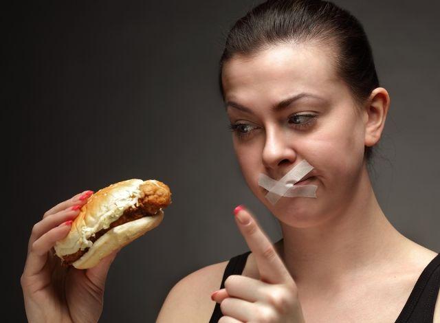 Những thói quen nấu ăn sai lầm khiến gia đình đổ bệnh