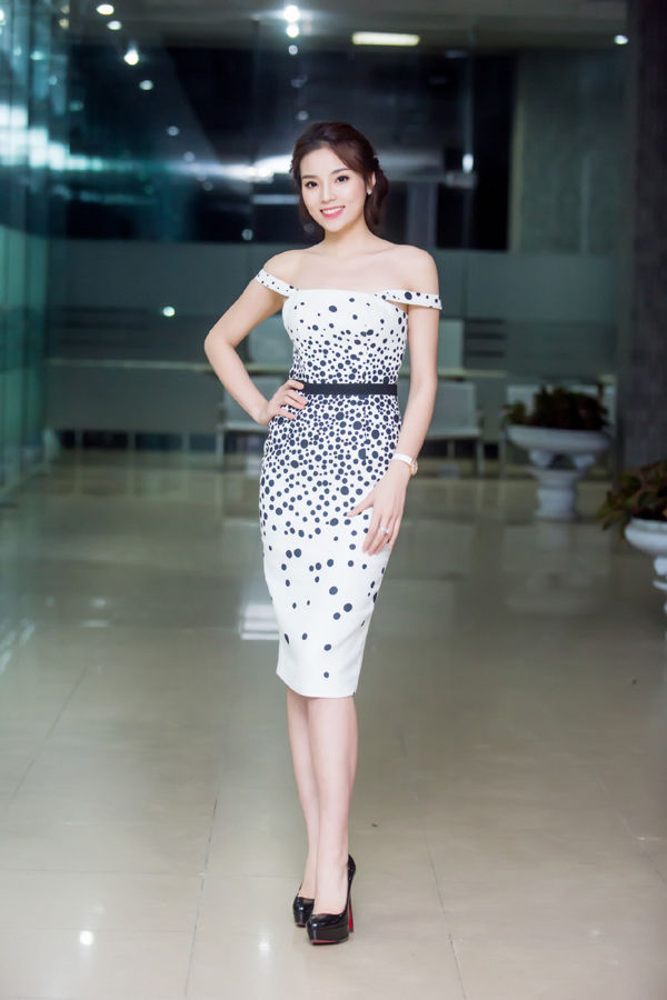 bestie hau truong chup anh ngay ret sao viet