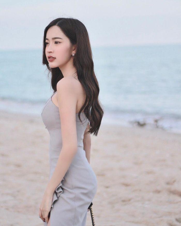bestie nhung hot girl noi tieng nhat thai lan vua xinh dep lai tai nang het phan nguoi khac