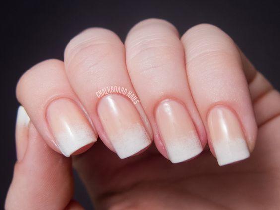 Top những bộ nail đẹp đến nao lòng dành cho chị em thay đổi ngày Tết