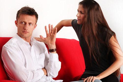 """7 tật xấu của phụ nữ khiến cánh mày râu sợ chạy """"mất dép"""""""