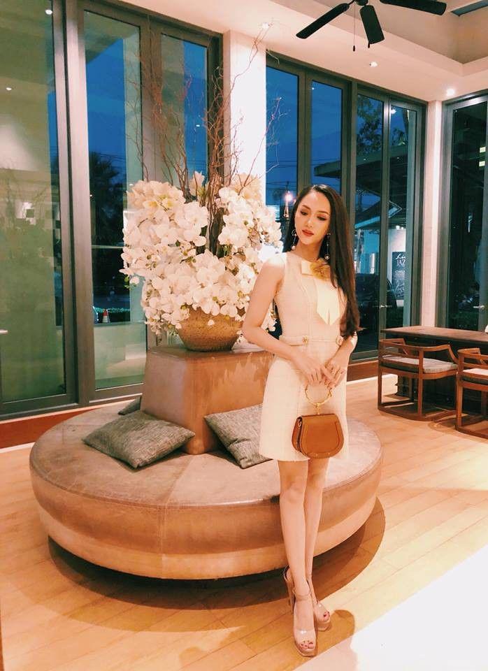 bestie trang phuc cua Huong Giang