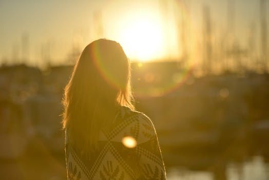8 điềm báo bạn nên chấm dứt mối quan hệ trước khi bị tổn thương sâu sắc