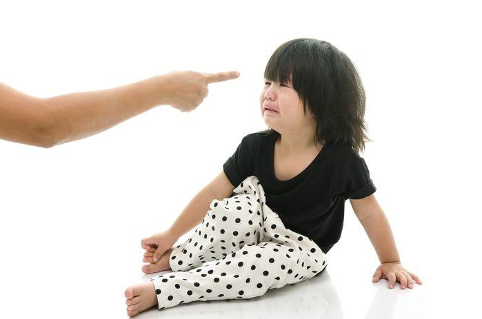 Nếu không muốn con bị trầm cảm thì hãy ngừng việc la mắng con vào những thời điểm này