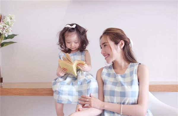 Khoảnh khắc dễ thương của sao Việt khi mẹ con cùng diện đồ đôi