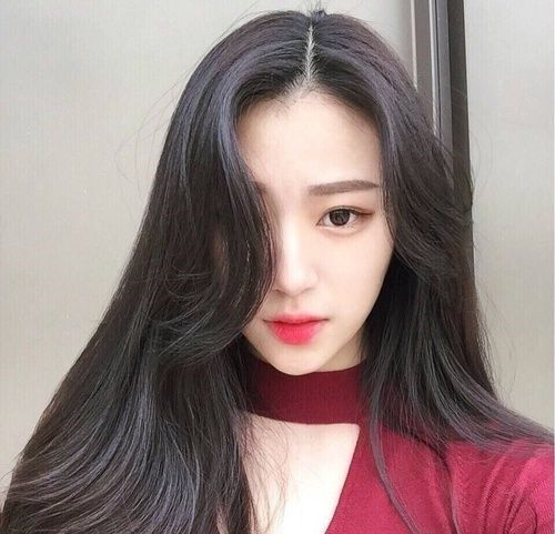 Những kiểu tóc hoàn hảo cho cô nàng có khuôn mặt tròn