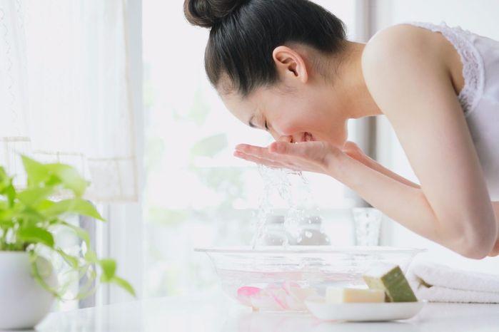 Mẹo chăm sóc giúp da bớt nhờn bóng khi hè đến