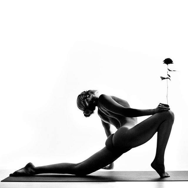 bestie Những tư thế yoga tuyệt đẹp khiến bạn muốn đi tập ngay