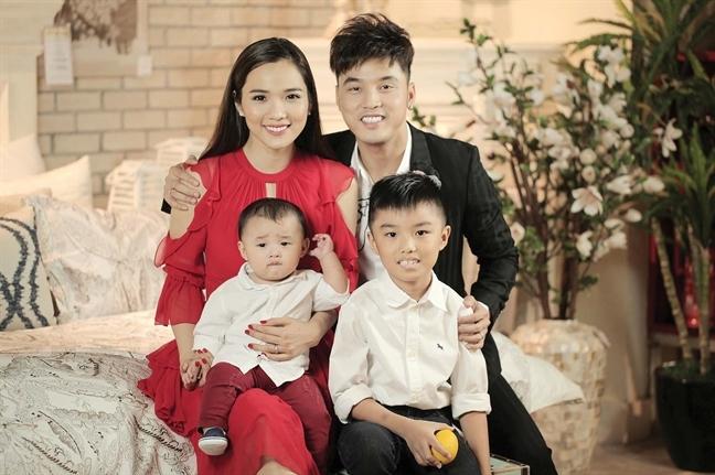 Ưng Hoàng Phúc - Kim Cương: 6 năm dắt tay nhau đi đến hạnh phúc