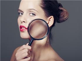 12 dấu diệu sức khỏe đáng lo ngại biểu hiện trên da bạn cần biết