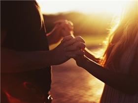 [Thơ] Giá như ngày xưa anh nói yêu em