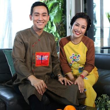 Hứa Vĩ Văn, Ốc Thanh Vân gây ấn tượng với áo dài cách tân ngày Tết