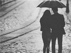 Sau tất cả, ta cần một người mình cảm thấy an toàn khi ở bên…