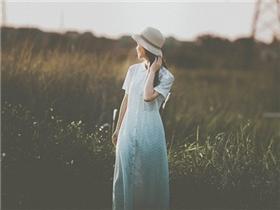 Nếu không yêu chính mình thì cả người yêu ta nhất cũng sẽ bỏ ta mà đi