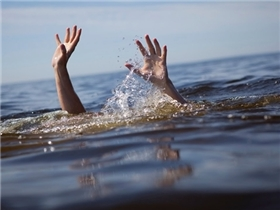 Con người có thể kêu cứu khi sắp chết chìm không?