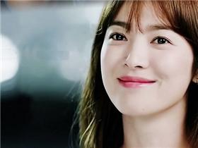 """Song Hye Kyo: """"Chia tay rồi tôi sẽ không bao giờ quay đầu nhìn lại"""""""