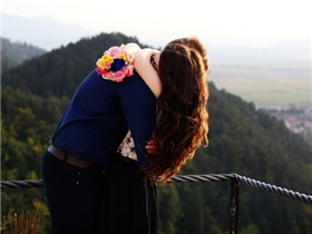 Tình yêu không phải để dựa dẫm mà là cùng nhau đồng hành