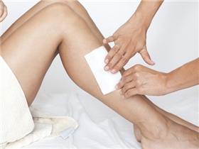 Đừng quên 8 điều quan trọng này khi bạn muốn wax lông trên cơ thể