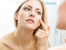 6 mẹo làm đẹp giúp bạn đối phó với làn da nhờn hiệu quả