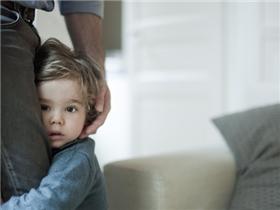 Bố mẹ làm 3 điều này nghĩa là đang vô tình phá hủy lòng tự trọng của con