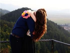 Phụ nữ nhớ rằng nếu không muốn khổ thì đừng tham vọng hiểu hết đối phương!