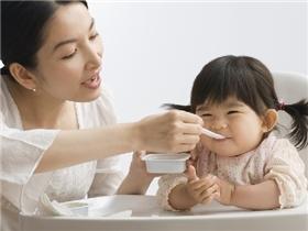 10 tuyệt chiêu của mẹ bỉm sữa giúp bé ăn ngon miệng hơn mỗi ngày