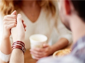5 điều không thể đúng hơn dành cho các cô nàng đang rơi vào tình yêu