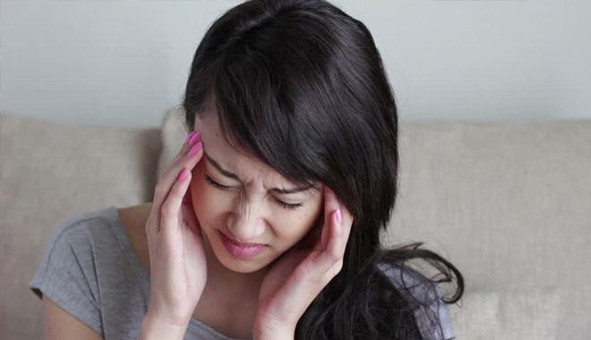 Những cách xoa bóp bấm huyệt giúp giảm nhanh đau đầu mà không cần dùng thuốc